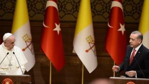 Türkiyə – Vatikan arasında diplomatik müharibə